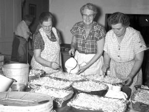 Lutheran Church Thanks giving Dinner 1957 3