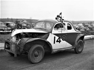 Mellenville Stock Car Races Zeke Meltz 1950 (2)