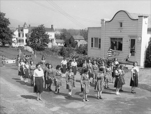 1958 Memorial Day G'town (5)