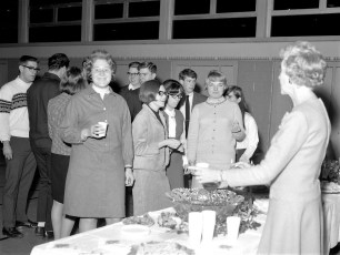 Roe Jan School Open House for last year's Seniors & those in the military 1967