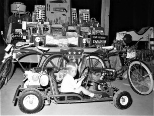 Soap Box Derby Awards Banquet Hudson 1960 (3)