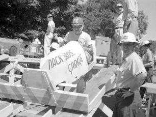 Soap Box Derby Hudson NY 1954 (9)