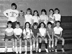 St. Mary's Academy 1st. Grade Basketball Hudson 1973 (3)