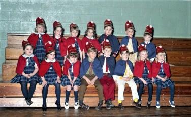 St. Mary's Elementary 1st Grade Basketball Hudson 1972 (4)