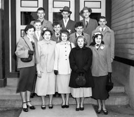 Tivoli School students leaving for D.C. 1951