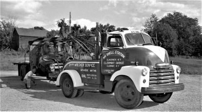 9H Shell Station Wreaker Claverack 1956