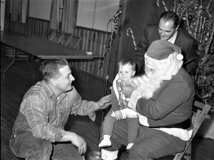 Clermont Fire Dept. Xmas Party 1970 (3)