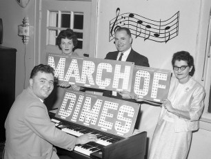County Line Rest. March of Dimes Launch by the Costa's & Zilliani's Clermont 1967