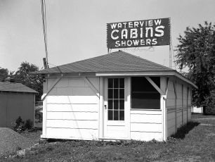 Waterview Cosy Cabins Clermont 1949