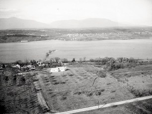 Dr Hugh Henry's house aerial views Cheviot 1947 (2)