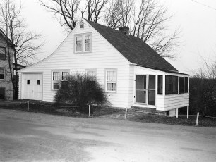 Tina Crawford's house Maple Ave G'town 1954