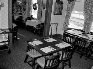 Argentina's Restaurant Main St. & 9G G'town 1975 (3)