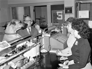 State Bank of Albany's Rita Rifenburgh & Ellen Moore visited by Wm. Mesick & friend G'town 1973