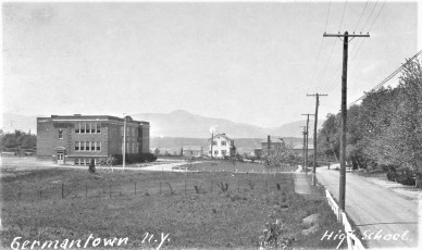G'town Central School (Post Card)