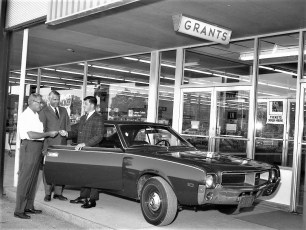 Grants Store new car give away Greenport 1968