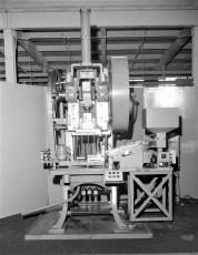 V. & O. Press presses Greenport 1964 (2)