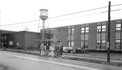 V&O Press employees on strike Greenport 1962