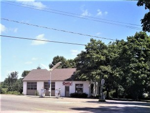 Henry Kurzyna Getty Station Rt. 9  Blue Stores 1975
