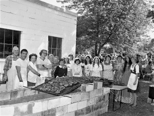 Linlithgo Bicentennial  Barbeque Sept. 1975 (2)