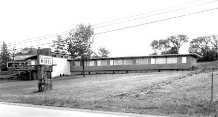 Hearthstone Motel H.E. Sanford Prop. Rt. 9 Red Hook 1959