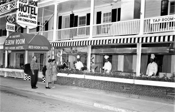 Red Hook Hotel 1960 (1)