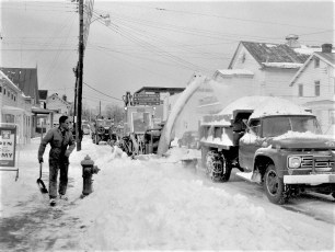 Snow removal in Red Hook Jan. 1966 (1)