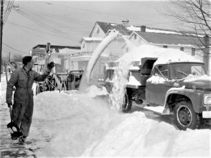 Snow removal in Red Hook Jan. 1966 (2)