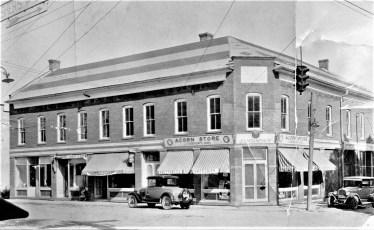 Acorn Store J. Choinsky Owner Tivoli (copy)
