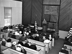 Memorial Day services at Red Church Tivoli NY 1950 (2)