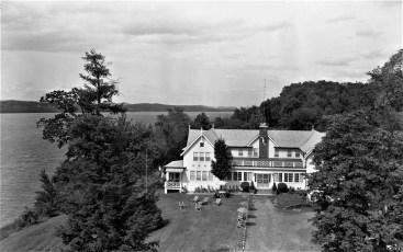 Tivoli Manor John Mastrion Prop. 1956 (1)