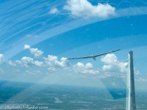 When the desired altitude is reached, the glider pilot releases the tow rope and the glider transitions to solo flight.