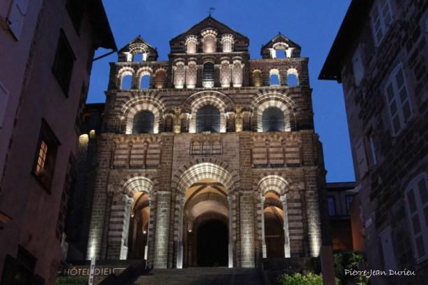 La basilique à l'heure bleue, Le Puy-en-Velay, 15 juin 2015