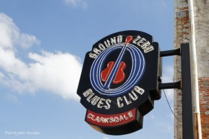 L'enseigne du Ground Zero Blues Club, Clarksdale, Mississippi, 9 mai 2015