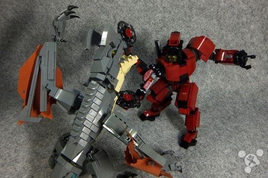 Pacific Rim Toys Robots