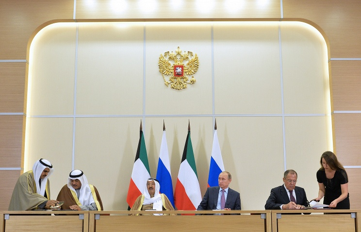 Sabah Al-Ahmad Al-Jaber Al-Sabah, the Emir of the State of Kuwait, Russia's President Vladimir Putin and Russia's Foreign Minister Sergei Lavrov