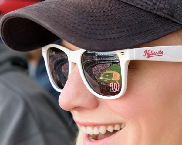 sunglasses_sm