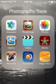 iOS 7 - Switch from your email app to your Photos app