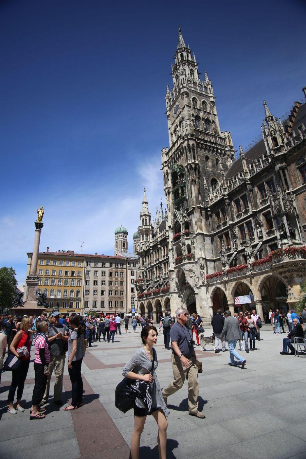 Marienplatz on a sunny Munich day