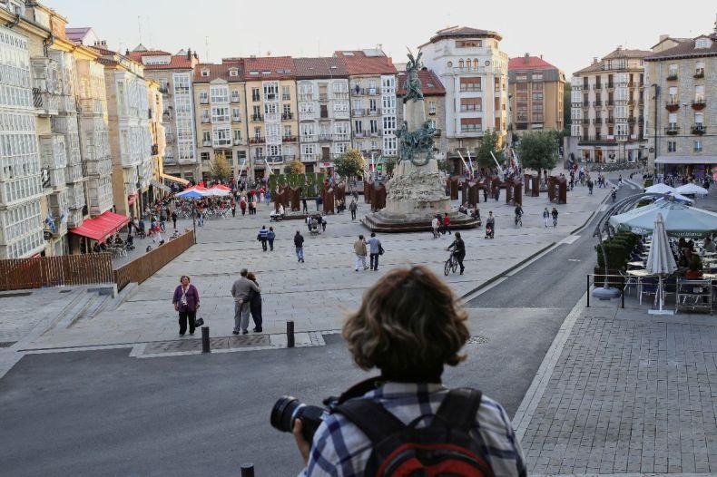 Happy, Hunting, Golden hour in Vitoria Gasteiz, Spain