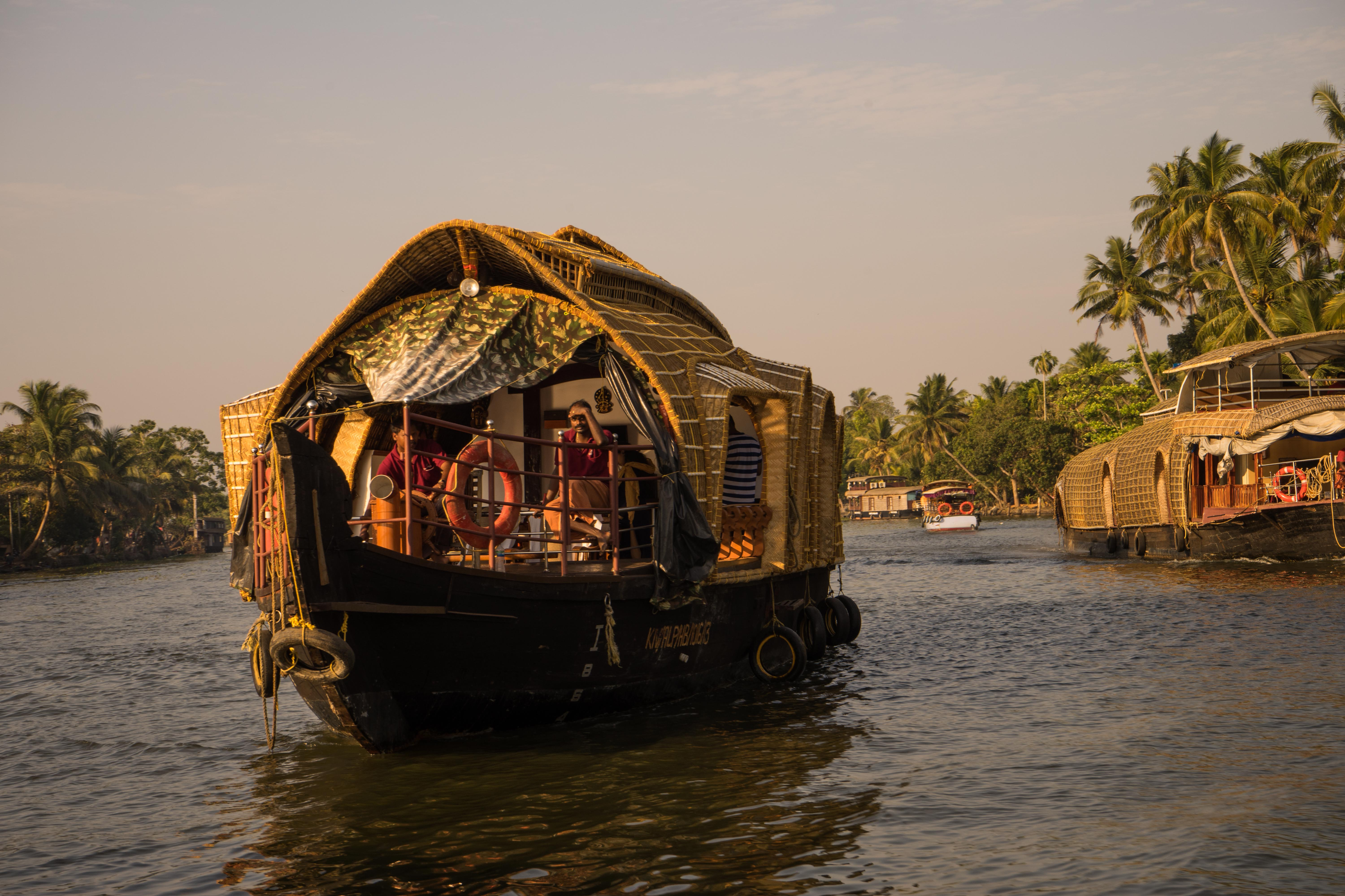 A typical local boat like you find them all over Alleppey
