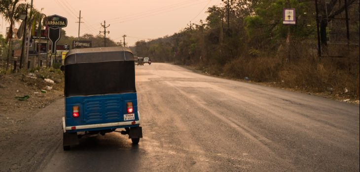 Photodyssee's tuk-tuk parked on a street in the morning close to Pune in India