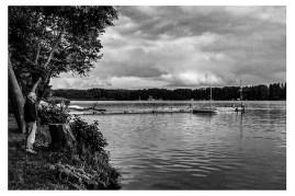 Pierre -au bord du lac