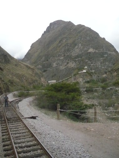 Nariz del Diablo, the train goes up to in reverse zigzaging