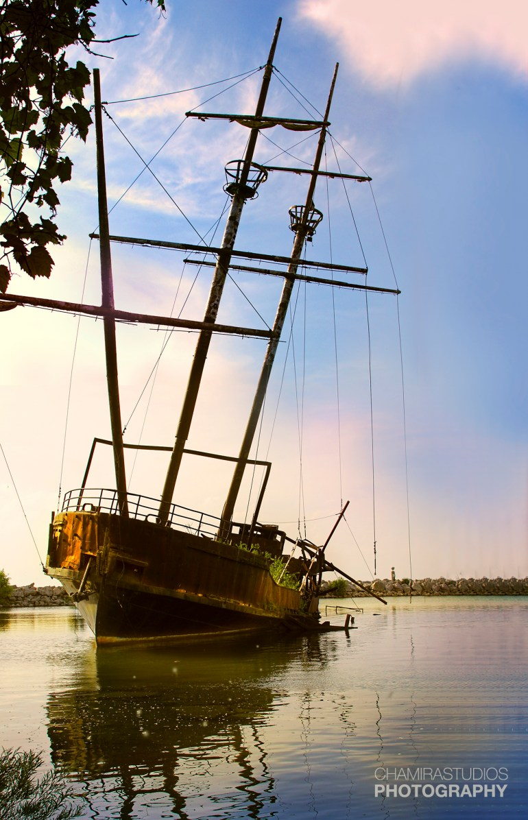Chamira_Studios_Sunken_Ship_1_2048px