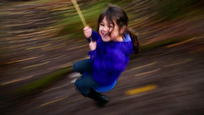 levi-sim-kids-on-swings-1