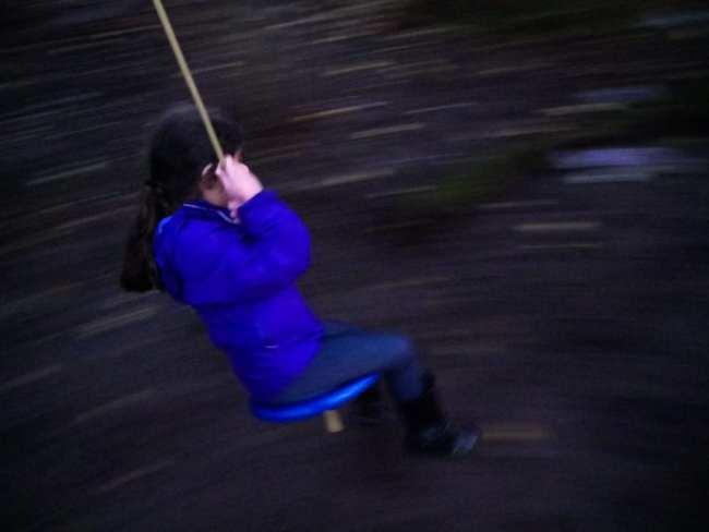 levi-sim-kids-on-swings-9