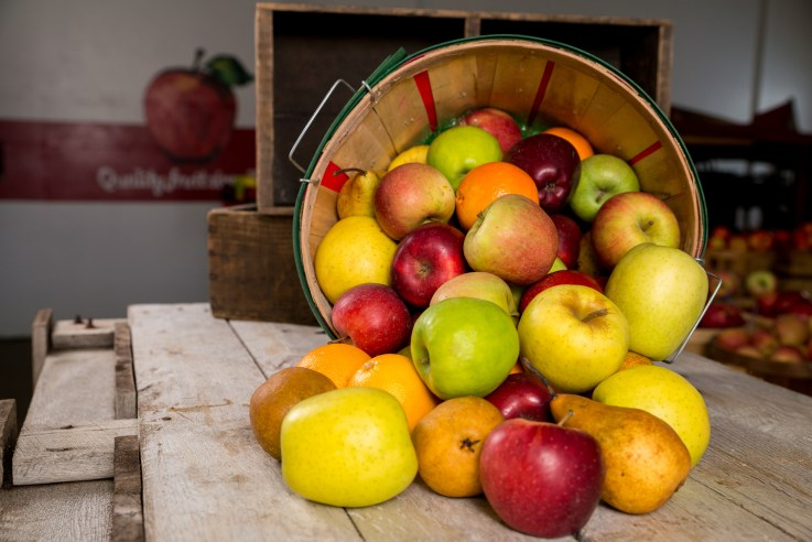 Apples and Boxes
