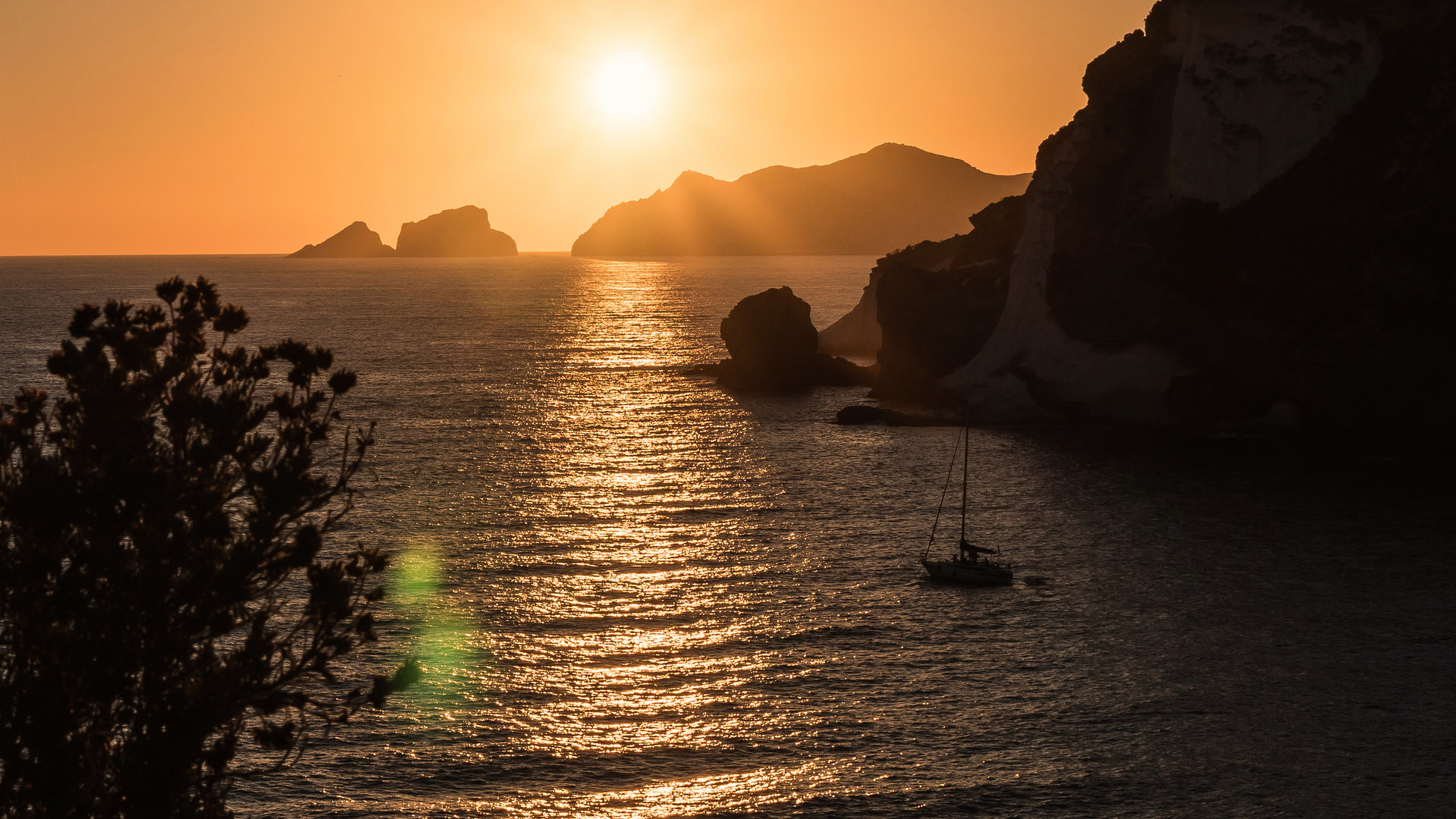 Photofocus Photographer of the Day Simone D'Alessio Sunset on Palmora. Travel