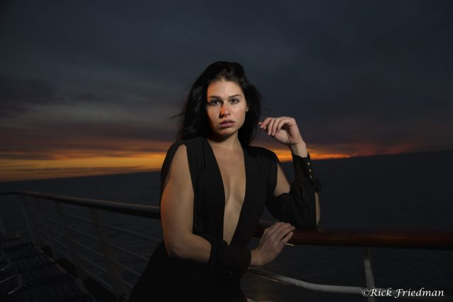Bahamas, cruise, Royal Caribbean, model, sunset