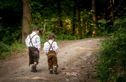 children, boys, woods, brothers, lederhosen